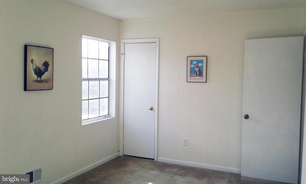 2nd bedroom, step in closet - 62 BRISTOL CT, STAFFORD