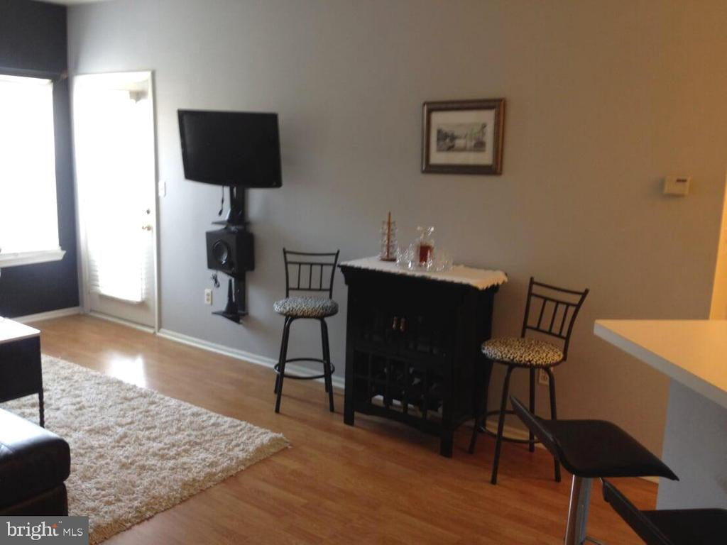 - 14314 CLIMBING ROSE WAY #205, CENTREVILLE