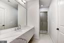 Lower level full bath - 22501 CREIGHTON FARMS DR, LEESBURG