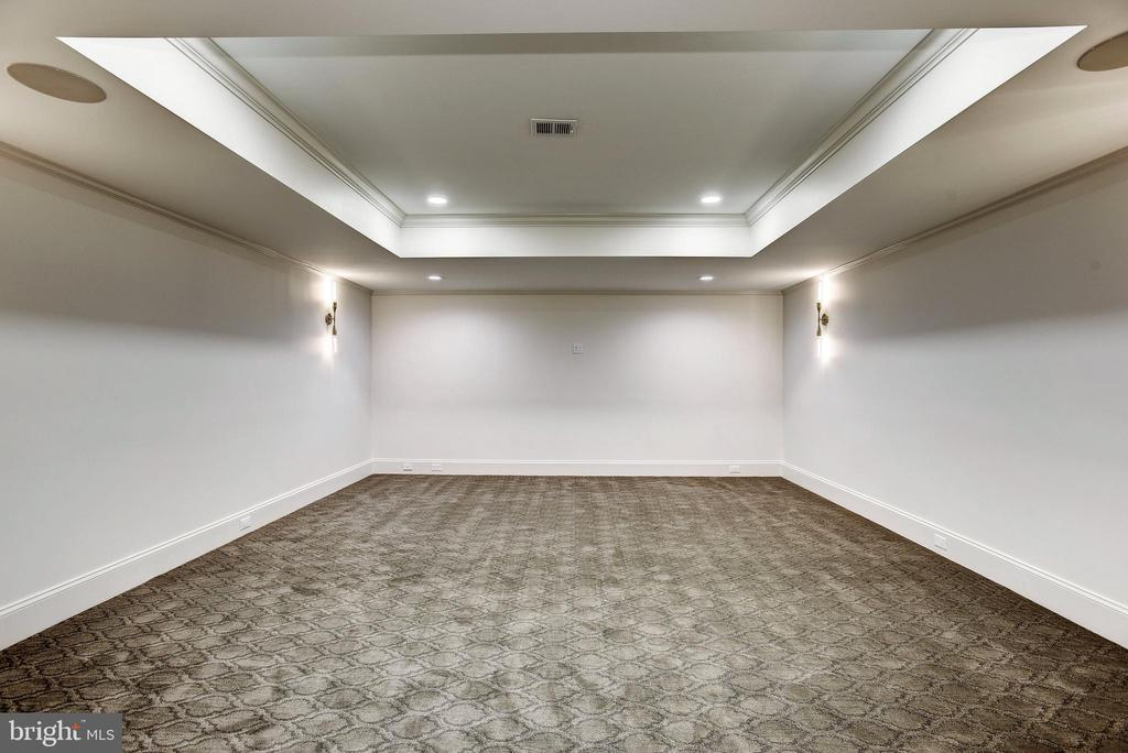 Interior of Movie Theater with custom lighting - 22501 CREIGHTON FARMS DR, LEESBURG
