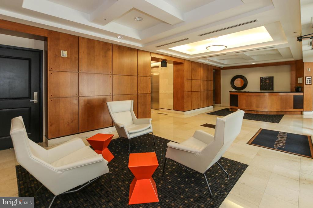 Lounge - 1830 FOUNTAIN DR #1001, RESTON