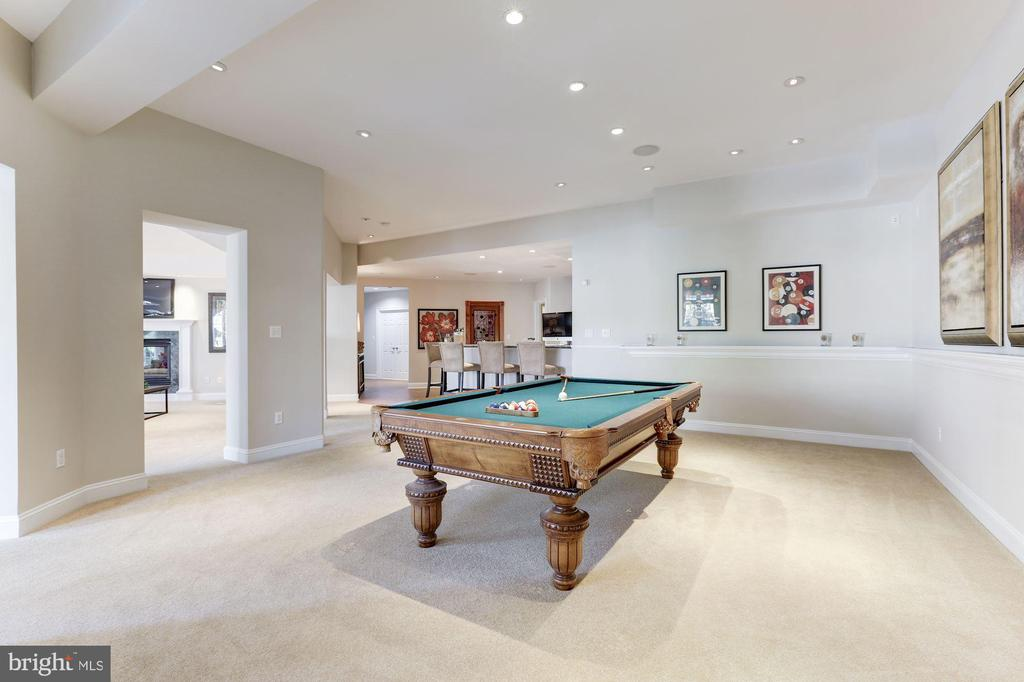 Billiards Area - 7826 SWINKS MILL CT, MCLEAN