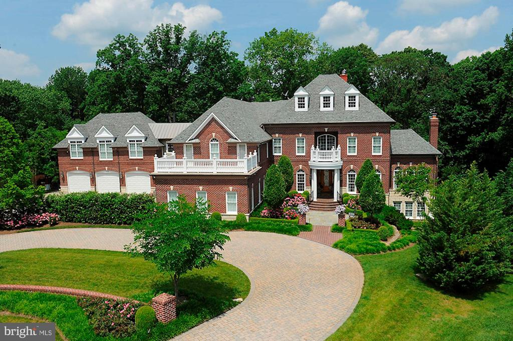 - 7826 SWINKS MILL CT, MCLEAN
