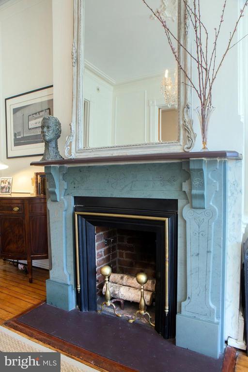 Front Parlor Fireplace - 14 4TH ST SE, WASHINGTON