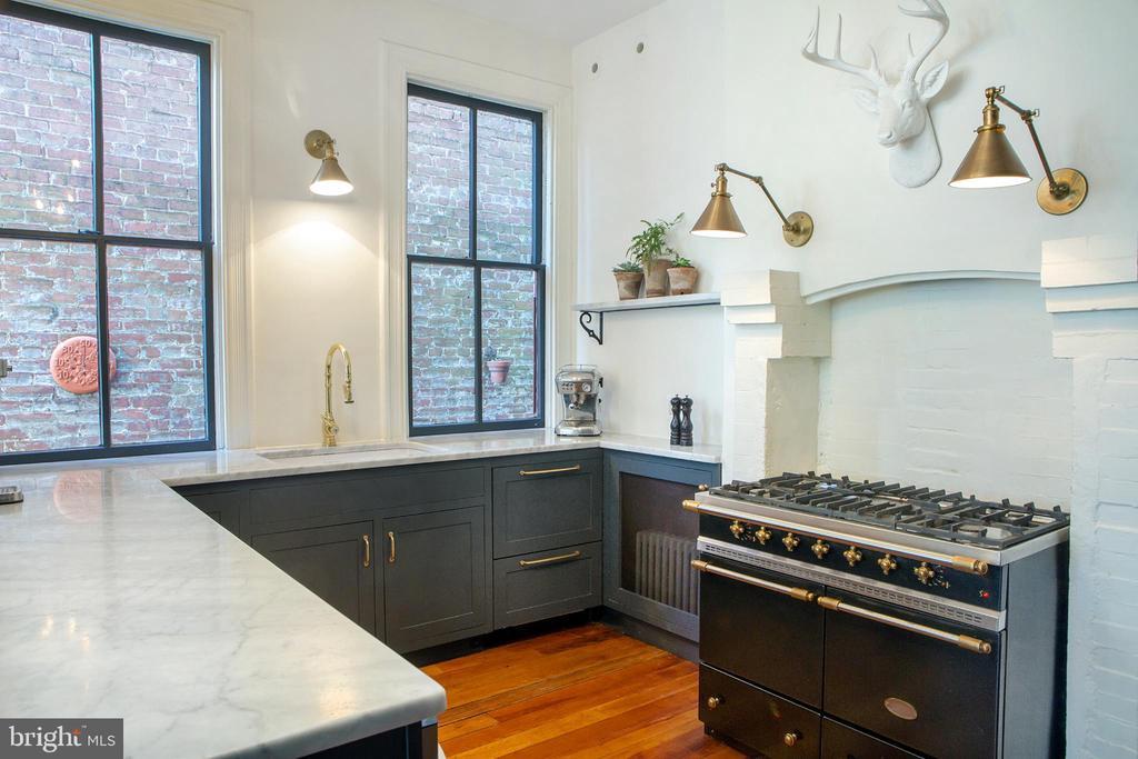 Custom Kitchen Southwest - 14 4TH ST SE, WASHINGTON