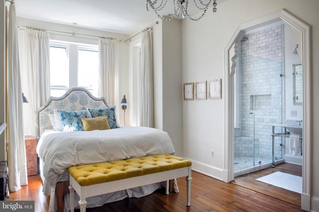 Master Bedroom Northwest - 14 4TH ST SE, WASHINGTON