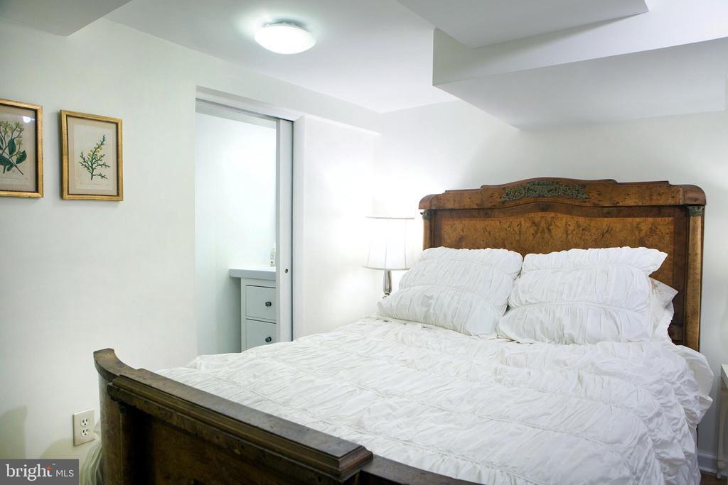 In-Law Suite Bedroom Northeast - 14 4TH ST SE, WASHINGTON