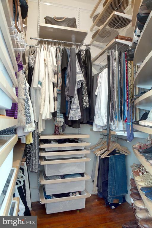 Master Suite Walk-In Closet - 14 4TH ST SE, WASHINGTON