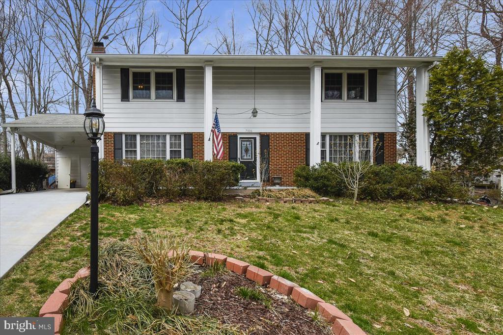 - 7006 COTTONTAIL CT, SPRINGFIELD