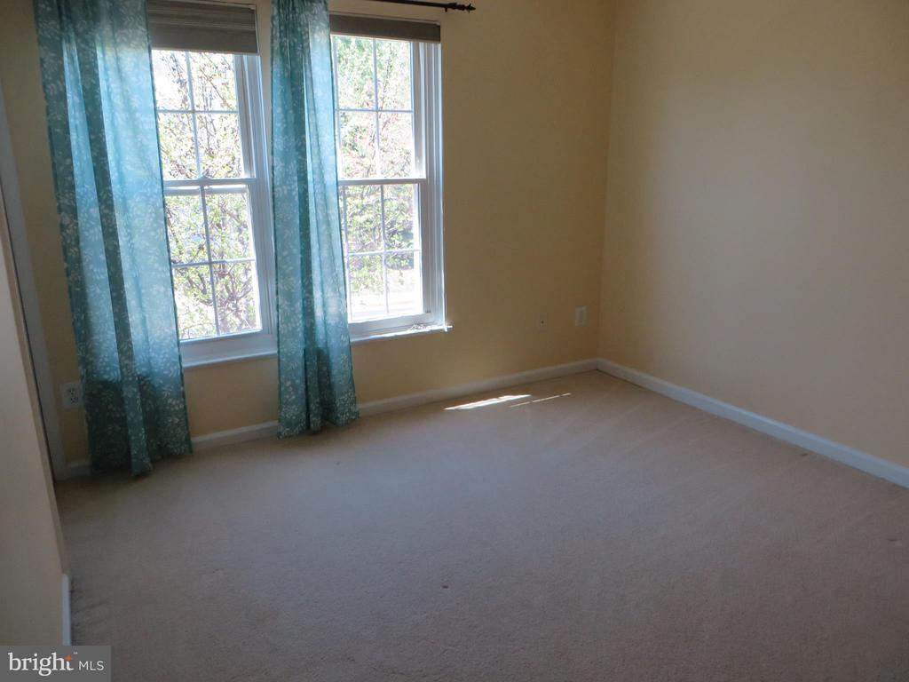 2ND BEDROOM - 6534 PARISH GLEBE LN, ALEXANDRIA