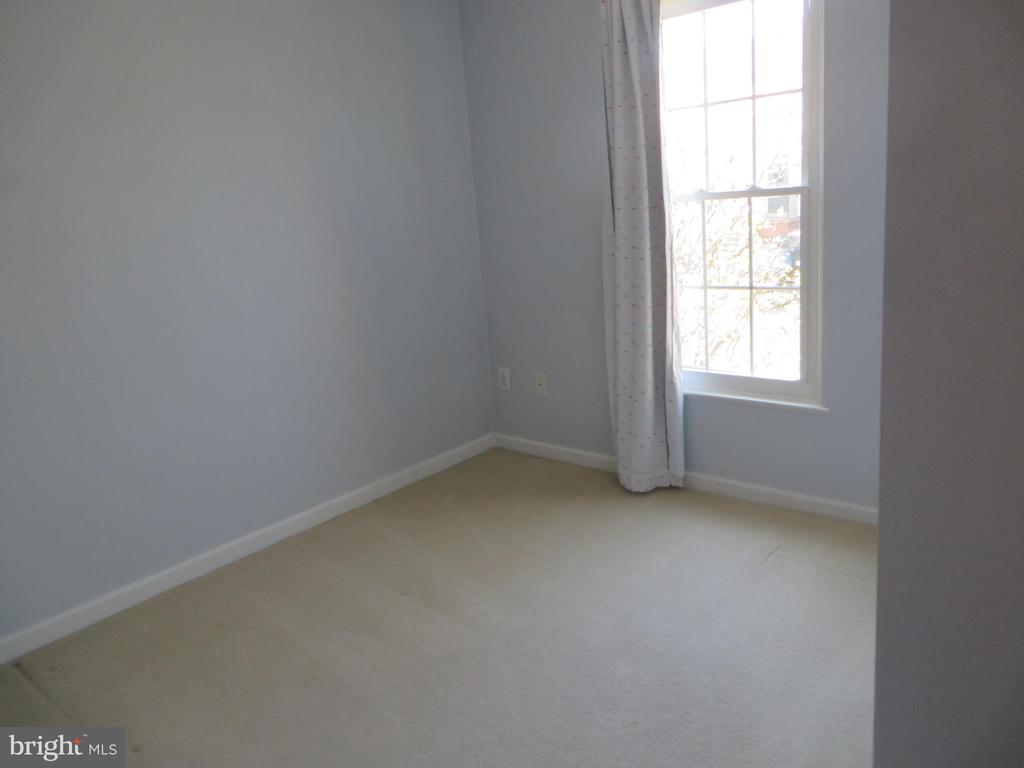 3RD BEDROOM - 6534 PARISH GLEBE LN, ALEXANDRIA