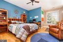 4th of 5 bedrooms upstairs - 17160 SPRING CREEK LN, LEESBURG