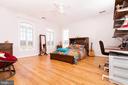 2nd of 5 bedrooms upstairs - 17160 SPRING CREEK LN, LEESBURG