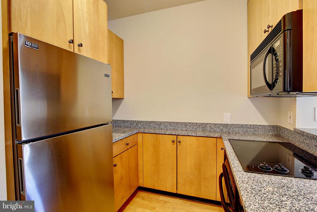 Kitchen - 4025 CONNECTICUT AVE NW #303, WASHINGTON