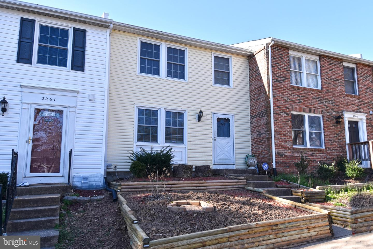 Single Family for Sale at 3262 Wyndale Ct Woodbridge, Virginia 22192 United States