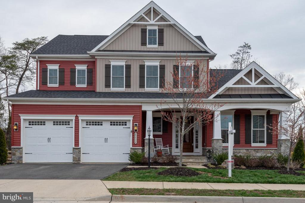 Buy the best house on the block! - 25532 EMERSON OAKS DR, ALDIE