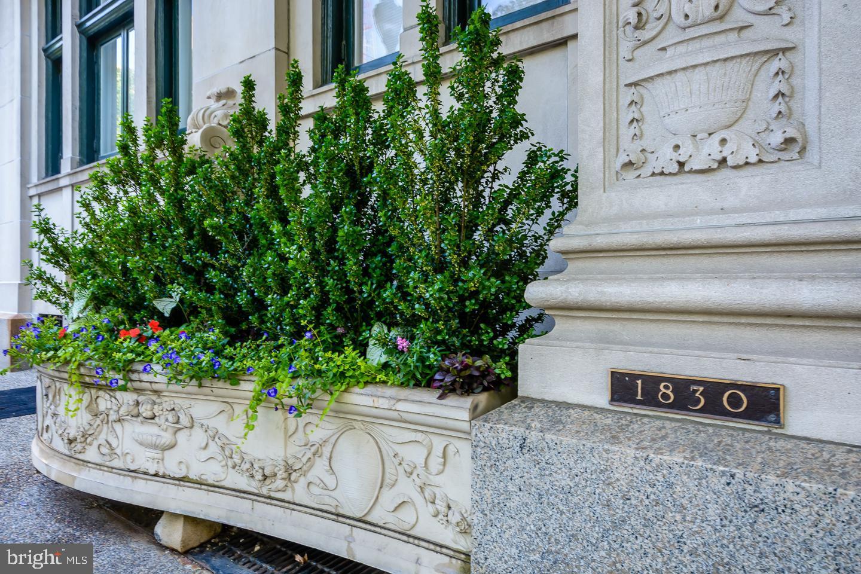 1830 RITTENHOUSE SQ #9A  Philadelphia, Pensilvânia 19103 Estados Unidos