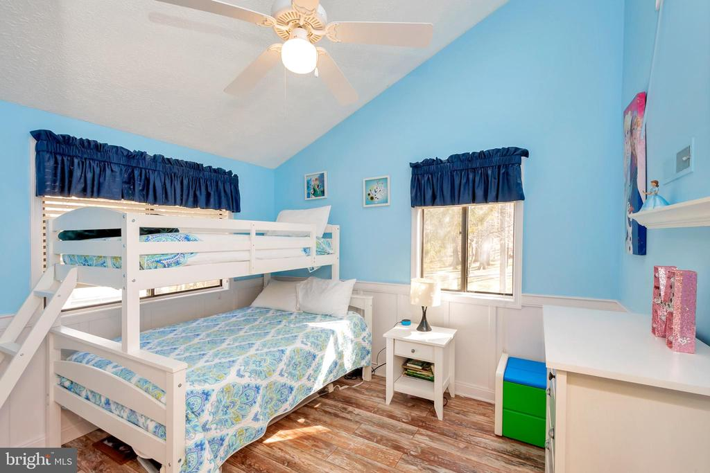 Nice sized bedroom for family or guests - 128 HARRISON CIR, LOCUST GROVE