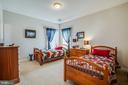 Upper level Bedroom 4 w/ ensuite & walk-in closet - 5916 DEEP CREEK DR, FREDERICKSBURG