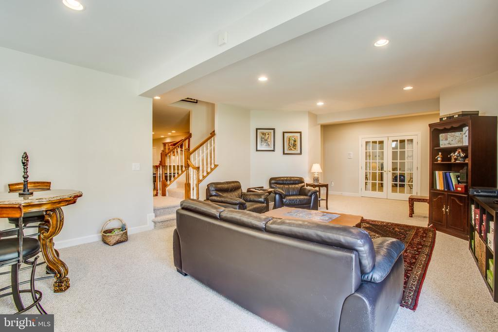 Full-daylight w/ recessed lighting when needed - 5916 DEEP CREEK DR, FREDERICKSBURG