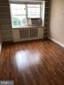 Living room - 2241 FARRINGTON AVE #101, ALEXANDRIA