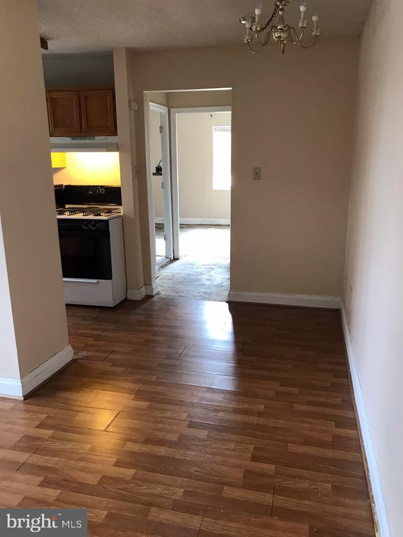 Hallway - 2241 FARRINGTON AVE #101, ALEXANDRIA