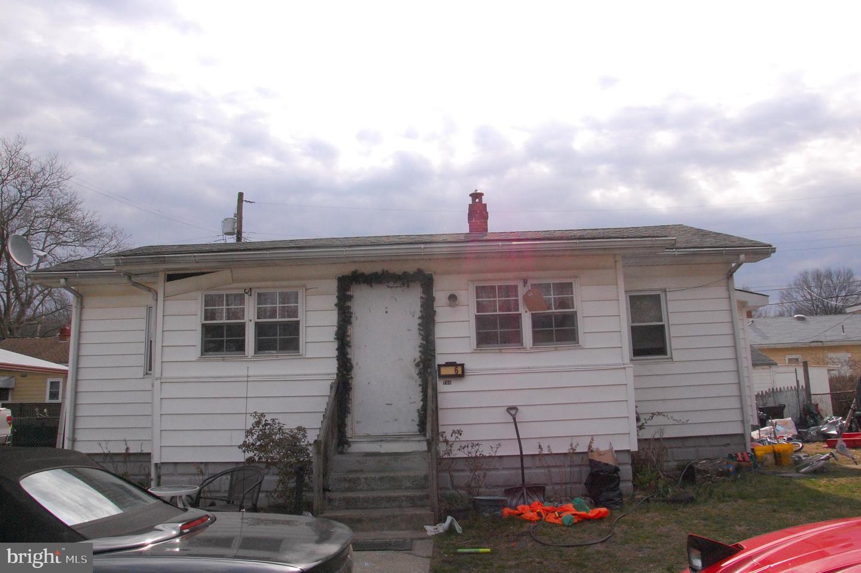 Частный односемейный дом для того Продажа на 106 MADISON Street Deepwater, Нью-Джерси 08023 Соединенные Штаты