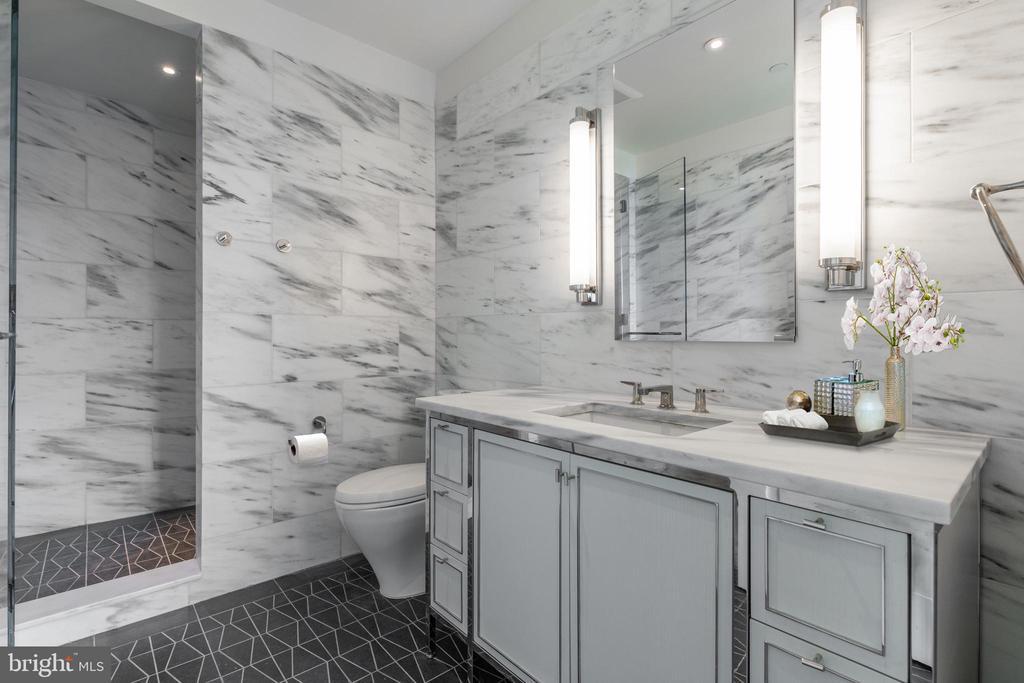 Second Master Bathroom - 2660 CONNECTICUT AVE NW #7B, WASHINGTON