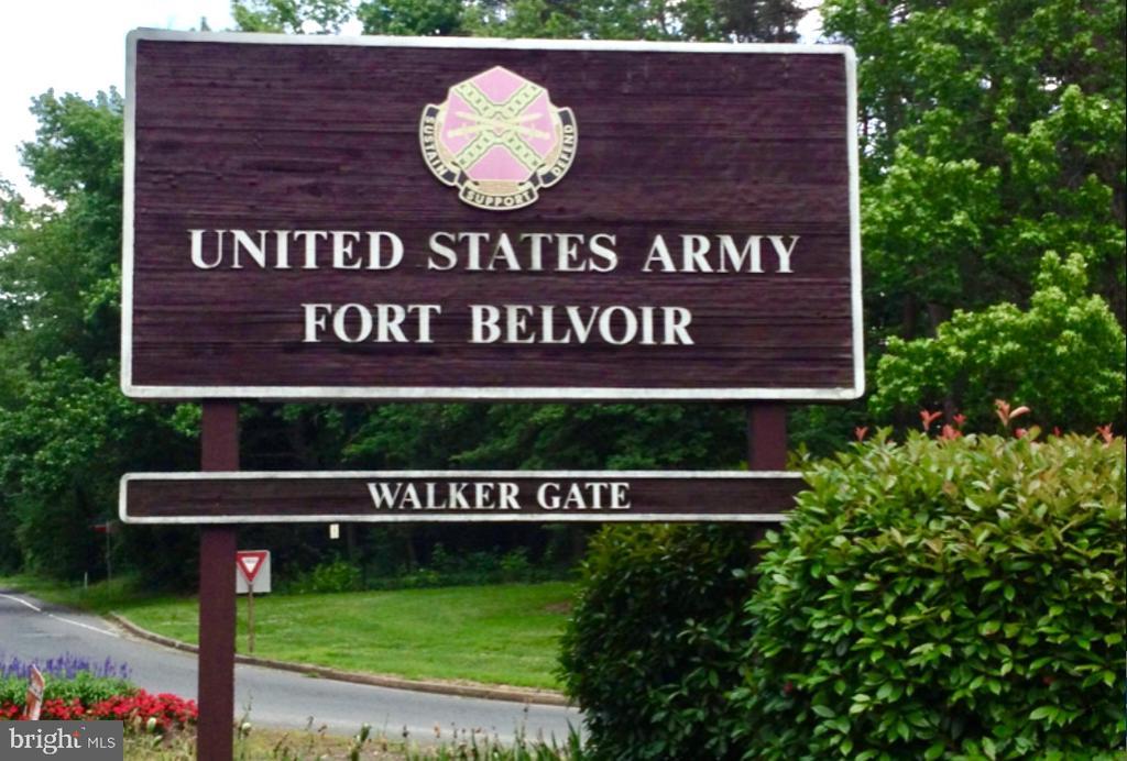 Walking distance to Fort Belvoir - 5201 MOUNT VERNON MEMORIAL HWY, ALEXANDRIA