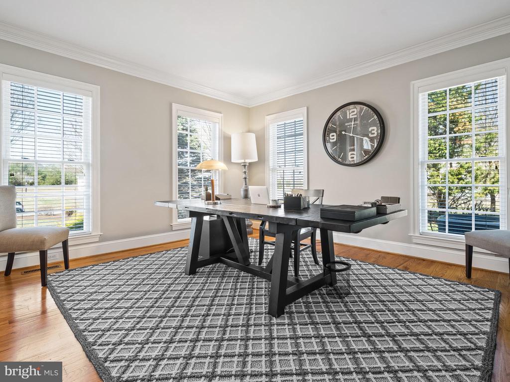 Office/Living Room - 5203 ROSALIE RIDGE DR, CENTREVILLE