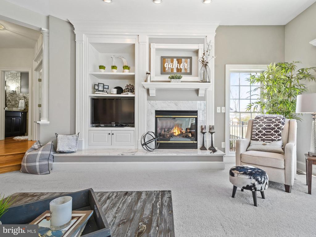 Family Room with Fireplace - 5203 ROSALIE RIDGE DR, CENTREVILLE