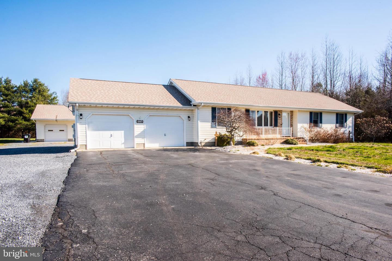 Einfamilienhaus für Verkauf beim 1863 HARTLY Road Hartly, Delaware 19953 Vereinigte Staaten