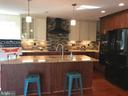 Comfortable kitchen with beautiful oven vent - 5201 MOUNT VERNON MEMORIAL HWY, ALEXANDRIA