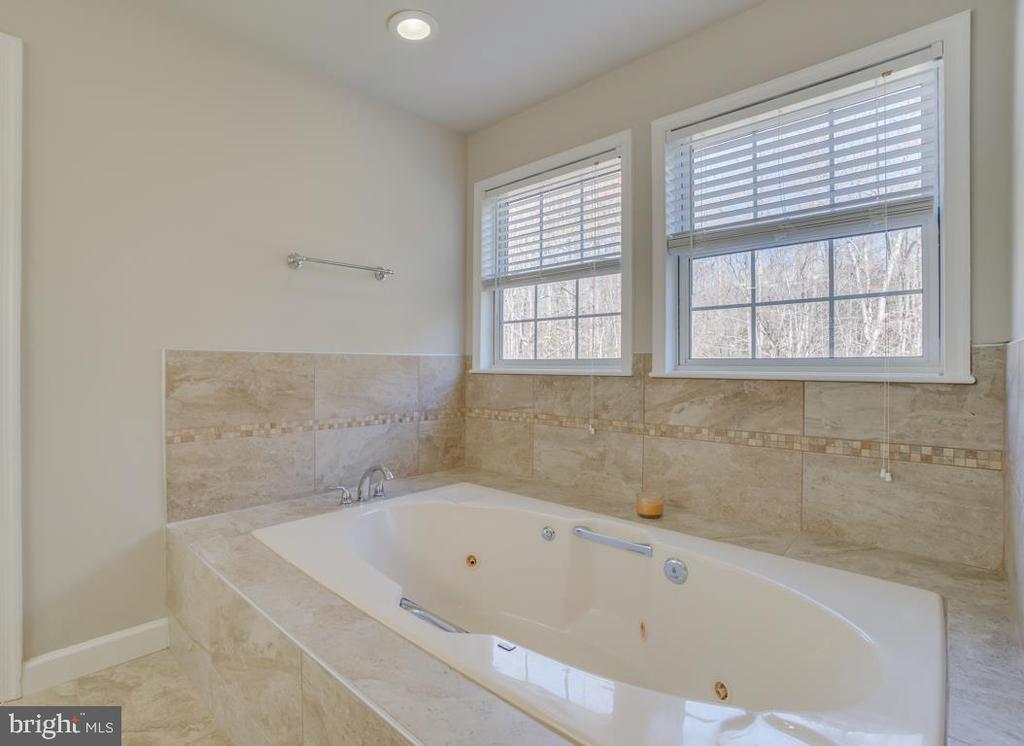 Tile Work in Master Bathroom - 336 WINDERMERE DR, STAFFORD