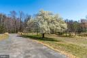 Mature Landscape in Front Yard - 336 WINDERMERE DR, STAFFORD