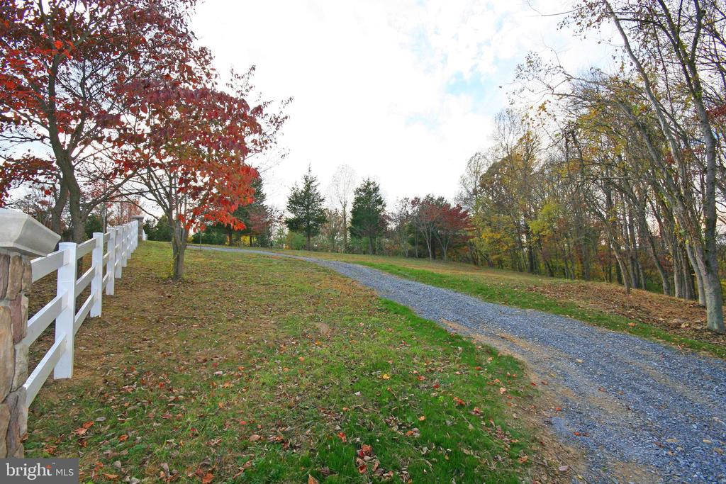 Gravel  Road To Be Paved - 8187 PETERS RD, FREDERICK