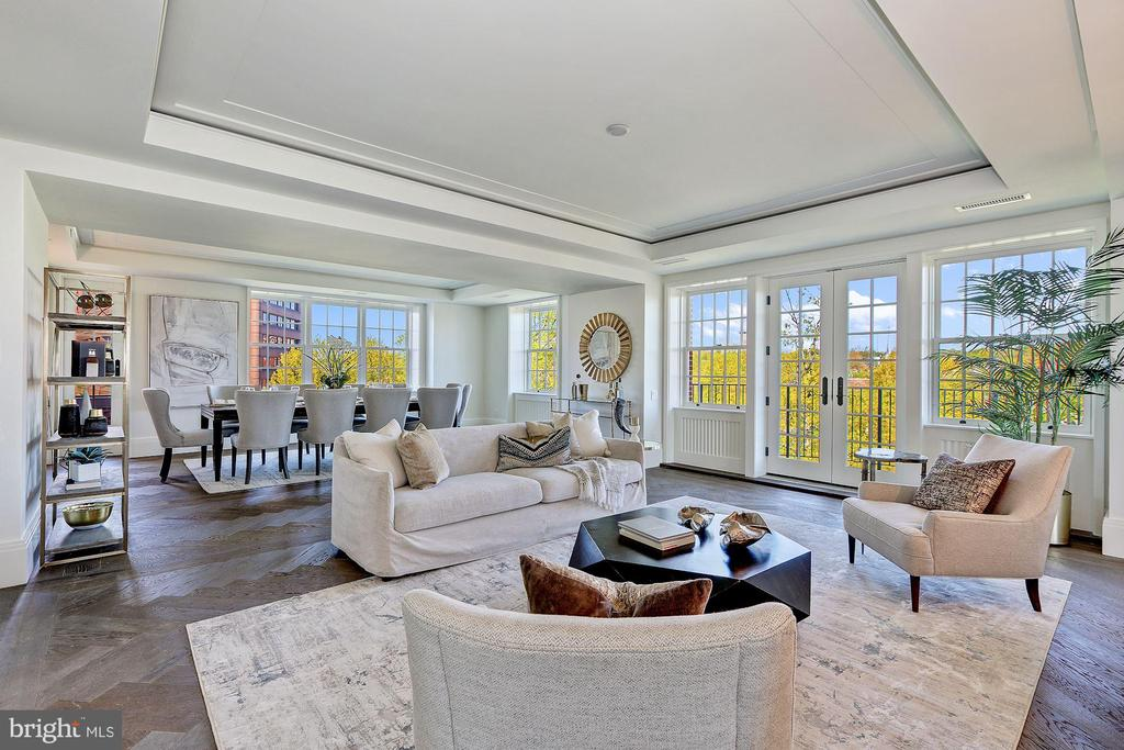 Expansive Living Area opens to Terrace - 2660 CONNECTICUT AVE NW #4C, WASHINGTON
