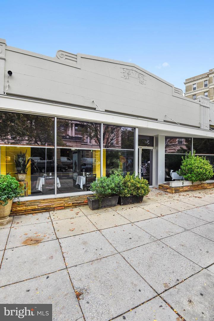 Commercial for Sale at 1862 Columbia Rd NW 1862 Columbia Rd NW Washington, District Of Columbia 20009 United States