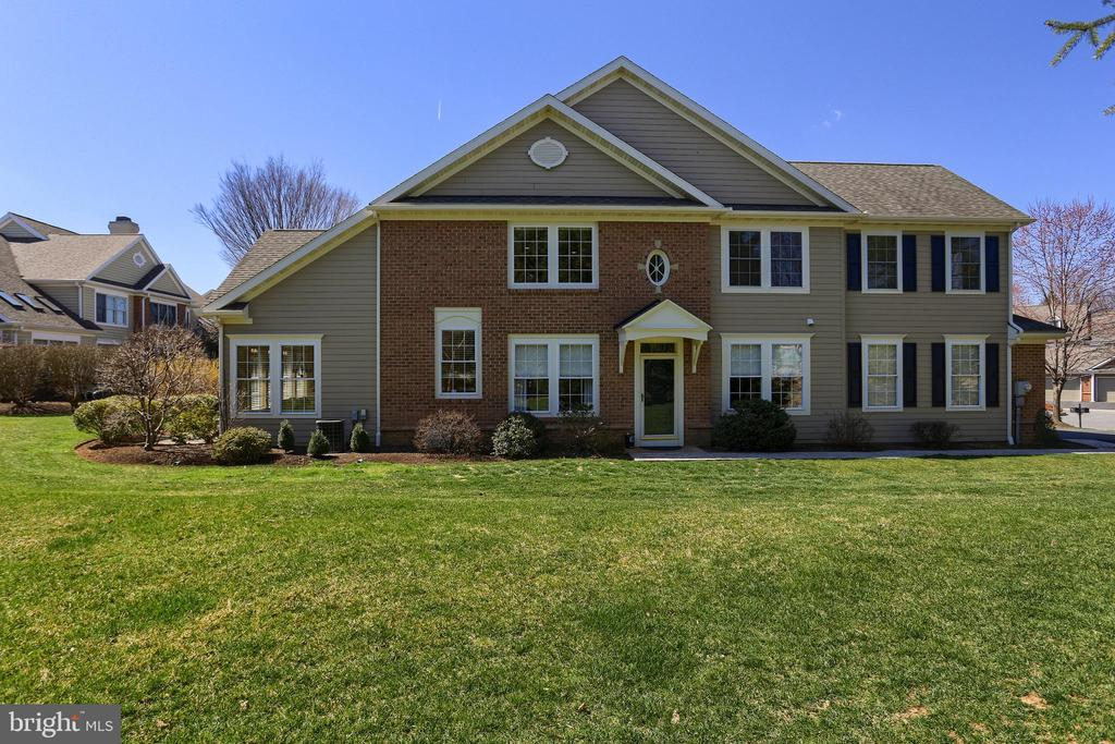 46  FARMVIEW LANE, Manheim Township, Pennsylvania