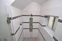 Shower - 2023 SPRUCE DR NW, WASHINGTON