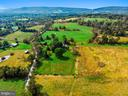 In the heart of the country, yet so close to town - 35422 PAXSON RD, ROUND HILL