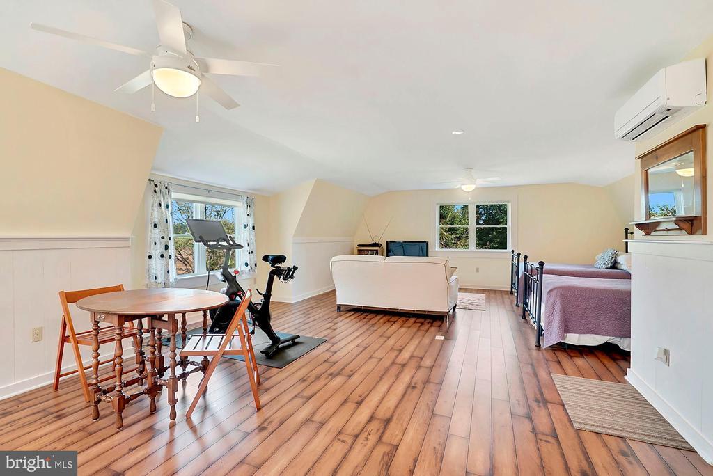 Efficiency apartment - 35422 PAXSON RD, ROUND HILL
