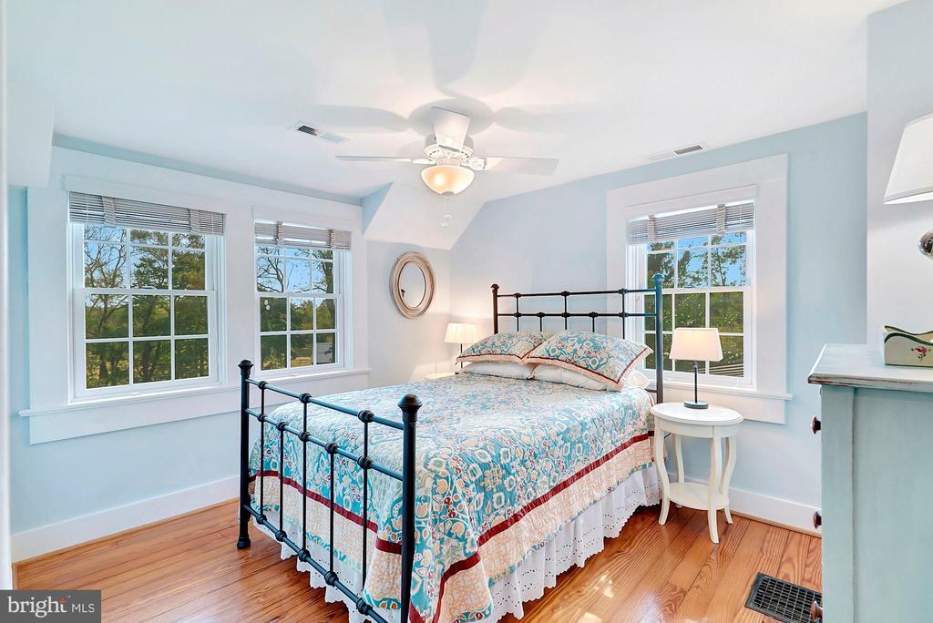 Bedroom 2 - 35422 PAXSON RD, ROUND HILL