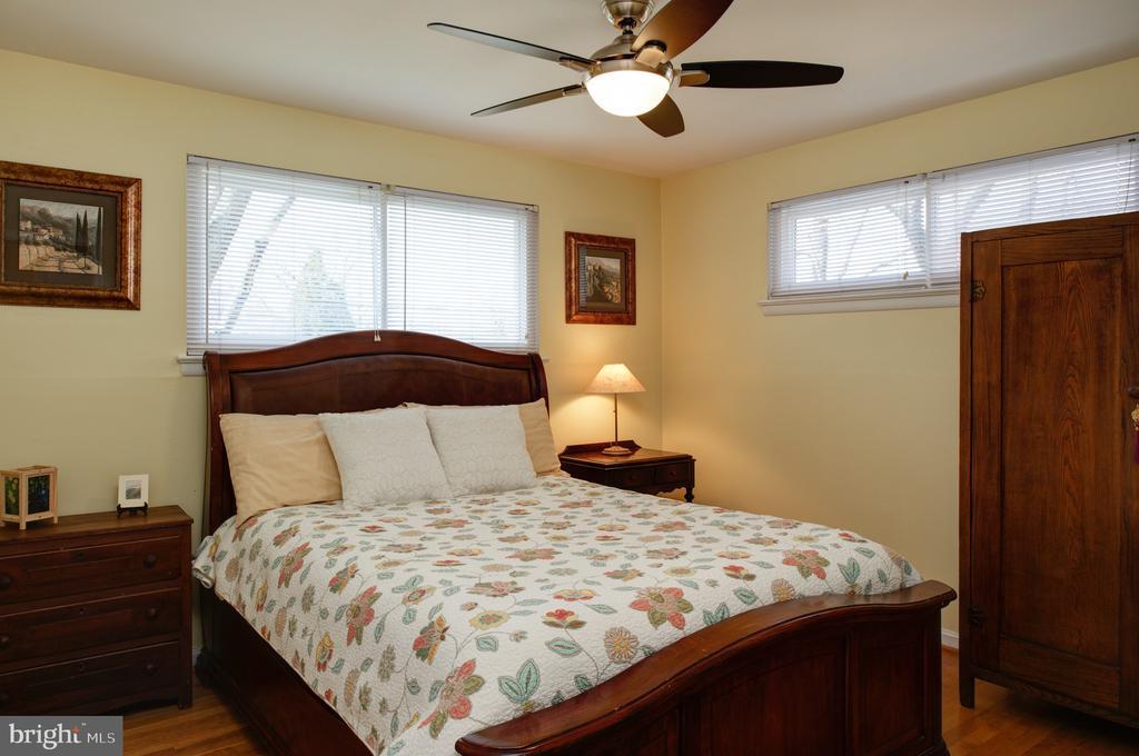 2nd main level bedroom - 4651 STRATHBLANE PL, ALEXANDRIA