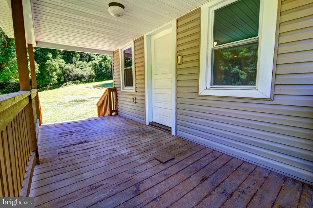 Almost 16 acres treed property w/ a running creek! - 37291 BRANCHRIVER ROAD, PURCELLVILLE