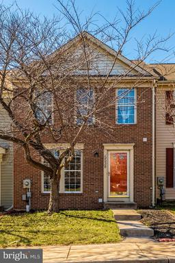5538 FOXHALL CT
