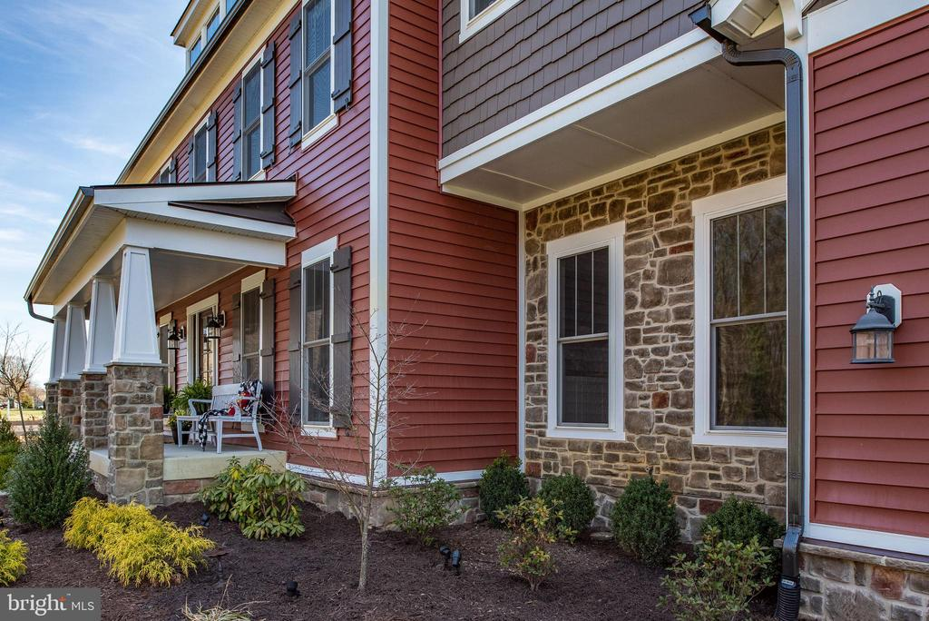 Custom built craftsman home with stone accent. - 79 INDIAN POINT RD, STAFFORD