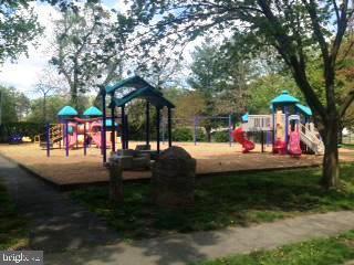 Playground and Community Garden Across Street - 3100 WINDOM RD, MOUNT RAINIER