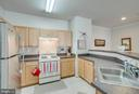Kitchen: stove to be replaced with ss model on 4/6 - 5106-K TRAVIS EDWARD WAY, CENTREVILLE