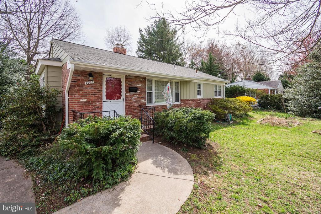 Alexandria Homes for Sale -  Price Reduced,  7923  NEW MARKET ROAD